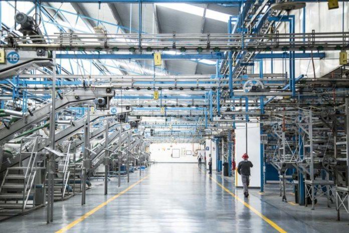 La Industria manufacturera una de las actividades con mayor facturación de las filiales españolas