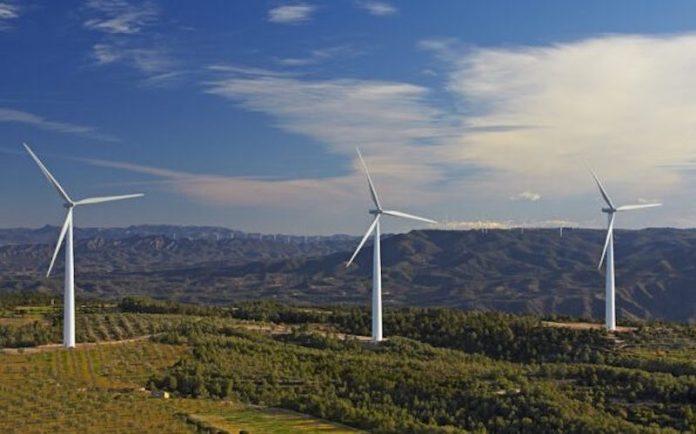 """La Presidenta Chivite recalca que las renovables son un """"pilar fundamental"""" en el Plan Reactivar Navarra"""