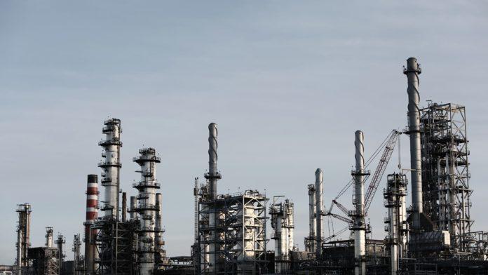 Euskadi reduce su actividad industrial en un 13,3% en el conjunto del año 2020