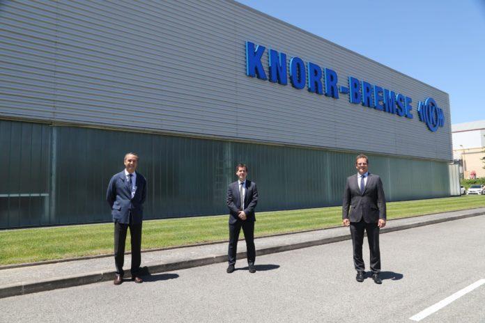 El consejero Irujo visita Knorr-Bremse en Pamplona, una empresa con un proyecto de inversion de 50 millones declarado de interes foral
