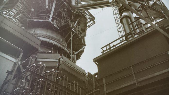 La variacion mensual del Indice de Produccion Industrial es del −1,0%